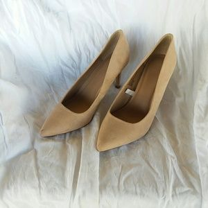 A New Day Cream Heels Size 8 Pumps